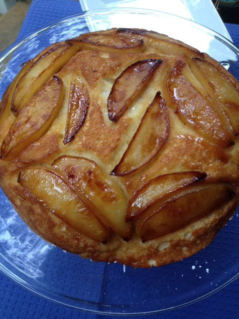 Post image for Caramelized Pear Skillet Souffle #BakeTogether